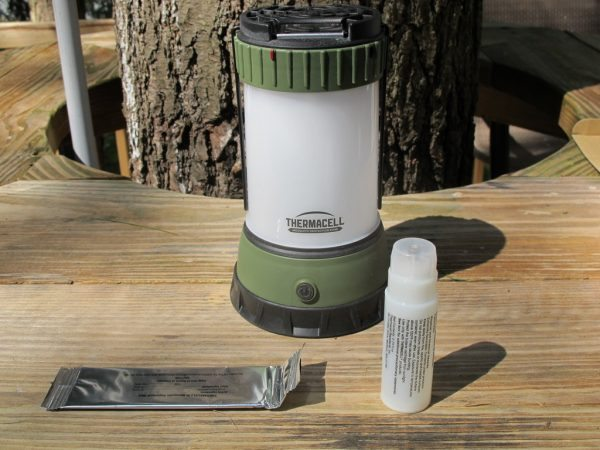 лампа от комаров эффективная